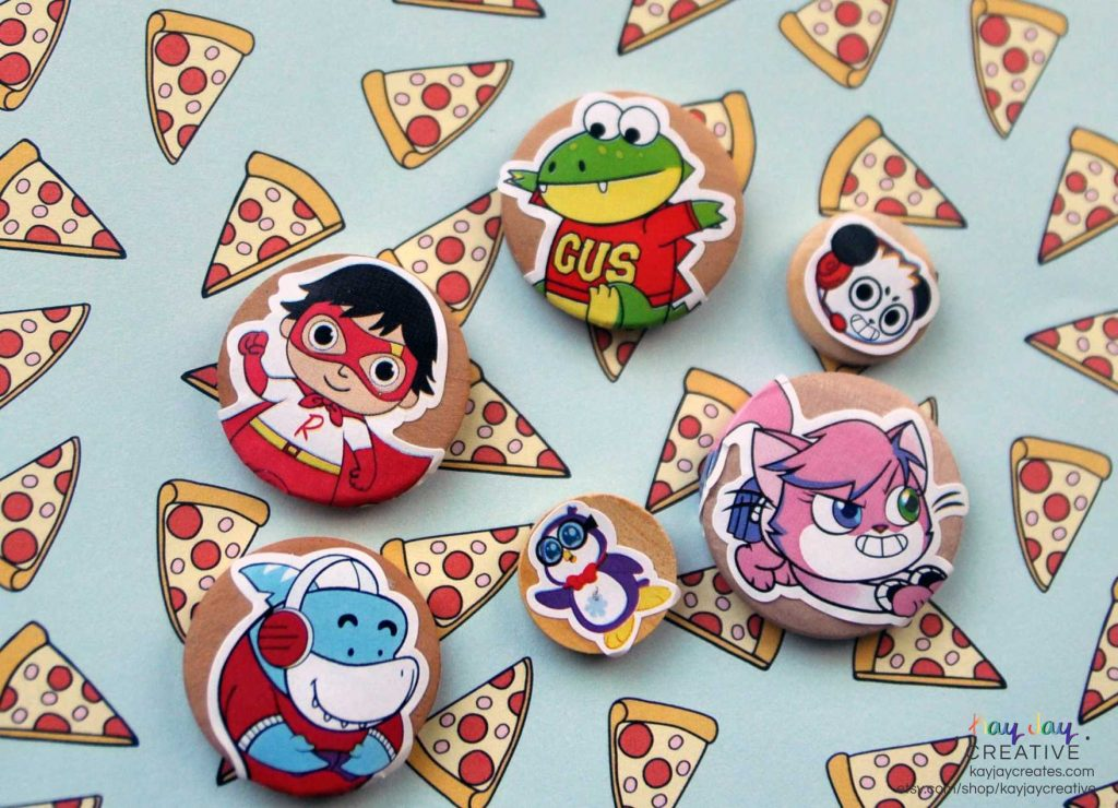 Ryans ToysReview stickers added to the buttons
